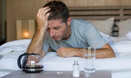 Mahmureală: cum să o eviți și ce să faci după o petrecere febrilă?